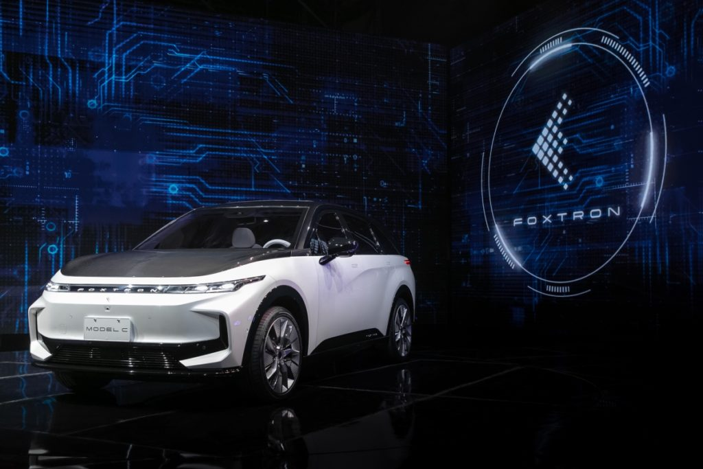 Apple Dilly Dallies, Foxconn Does The EV